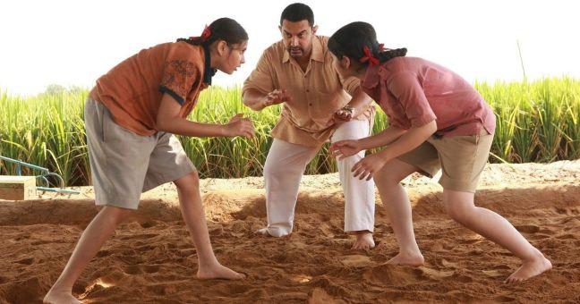 zaira-wasim-aamir-suhani-bhatnagar2