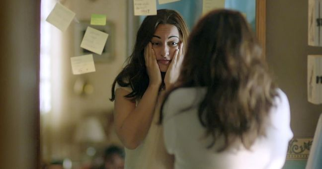sonakshi sinha - reads post-its but not scripts